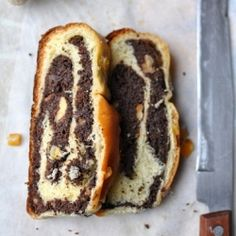 Hungarian Christmas cake with poppy seed filling