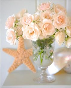 Coral Flowers Online flower delivery services are websites that allow consumers to order flowers and related items by browsing . Peach Colored Roses, Peach Flowers, Peach Colors, Pink Roses, Beautiful Flowers, Blush Roses, Cut Flowers, Fresh Flowers, Peach Colour Combinations