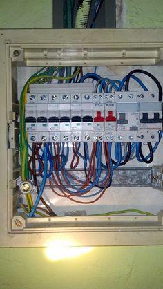 Recableado de cuadro eléctrico. Protegiendo cada circuito con su termico correspondiente