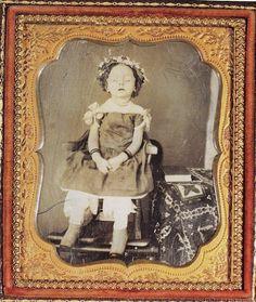 mdolla: Stiff Pose Victorian Postmortem photography (140 Pics)