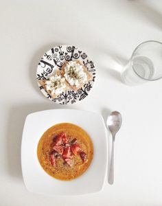Ginger carrot creme soup with light crispy bread topped with cottage cheese Late Night Dinner, Late Nights, Eating At Night, Carrot Soup, Cottage Cheese, Recipe Box, Panna Cotta, Carrots, Healthy Recipes