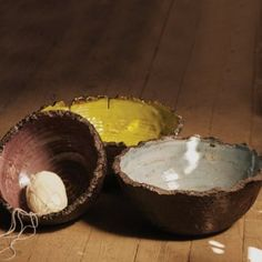 Ceramic bowls with coconut edge...organic and love.