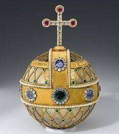 Official website of the Munich Residence (Residence Museum, Treasury, Cuvilliés Theatre) with information about the museum, tourist info like opening hours, admission fees… Royal Crowns, Royal Jewels, Tiaras And Crowns, Crown Jewels, Globus Cruciger, Crown Images, Medieval World, Art Case, Circlet