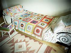 Starburst Flower Crochet Blanket made by Mrs Danvers using the pattern by Jane Brocket. Love the enlarged squares.