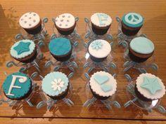 Cups cakes festa azul e branco