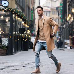 Coat: Calvin Klein Sweater: sandro paris Shoes: Bottega Veneta more here