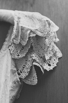 a-la-robe-croched-lace-sleeve-wedding-dress-new-zealand