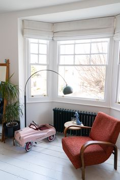 Home Tour: Tiny & The House - The Frugality Victorian Terrace Interior, Victorian House Interiors, Victorian Townhouse, Victorian Homes, Norfolk House, The Frugality, Flat Interior, Living Spaces, Living Room