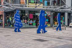 Belfast - Advertising Victoria Square shopping Centre (Ann Street) repinned by www.BlickeDeeler.de