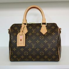 Lv Handbags, Louis Vuitton Handbags, Louis Vuitton Speedy Bag, Pink Sandals, Shoes Sandals, Louis Vuitton Iphone Wallpaper, Chanel Mules, Chanel Slides, Louis Vuitton Sneakers
