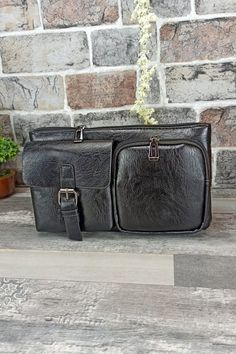 Τσαντάκι μέσης-ώμου 'Pioneer' Μαύρο Men Bags, Messenger Bag, Satchel, Men's Bags, Satchel Purse, Bags For Men, Man Bags, Satchel Bag, Backpacks