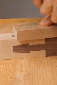 Woodworking Ideas Table, Woodworking Joints, Woodworking Techniques, Woodworking Projects Diy, Woodworking Plans, Diy Wooden Projects, Wood Shop Projects, Wooden Diy, Wood Crafts