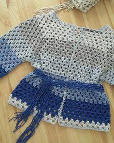I love handmade Crochet Cape, Crochet Wool, Crochet Cardigan Pattern, Crochet Jacket, Crochet Blouse, Crochet Patterns, Crochet Clothes, Tops, Handmade