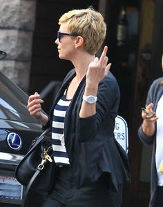 The Charlize Theron | Middle Fingers - 43 Types (Pix) of Celebrity --- http://www.buzzfeed.com/whitneyjefferson/celebrity-middle-fingers#3nohv8n http://buzzfeed.com/whitneyjefferson/celebrity-middle-fingers http://www.buzzfeed.com ---