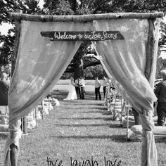 I wanna renew my vows, just for an excuse to make this sign!!!<3