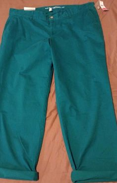 Check out New with tags GAP Khahis by Gap Girlfiend Khaki ankle pants size 16 #Gap #KhakisChinos http://www.ebay.com/itm/-/262716684256?roken=cUgayN&soutkn=sBtSCu via @eBay