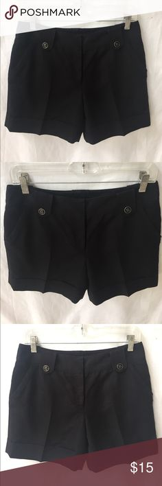 Classy WHBM black shorts size 2 👀 Pockets in front and back• perfect dress shorts or wear them casual with sandals• I love wearing all black w silver jewelry • 5' inseam White House Black Market Shorts
