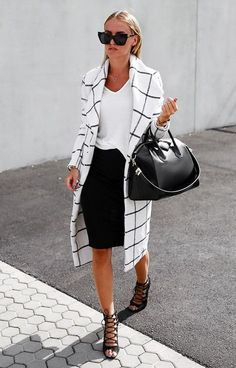 Dressing at the Office has never been that easy. Instead of classic jackets and trousers we've got a thousand cute blazers, skinny pants, chic shirts and blouses to create modern business casual look with heels or even without one. Learn how to not looking boring dressing at the office with following simple outfit ideas.