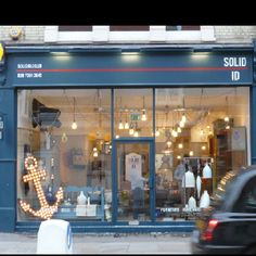 Our new showroom, SOLID ID opened today at 273 Fulham Rd, Chelsea, London SW10. Drop by and say hello.