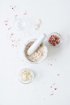 DIY oatmeal rose face mask
