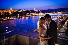 The blue hour in Budapest - Hotel Marriott wedding