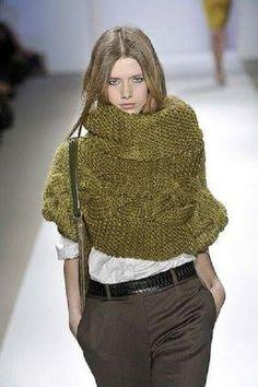Poncho Court Femme Vert Olive -col roulé- Tricot Fait-Main : Pulls, gilets par mes-petites-pelotes