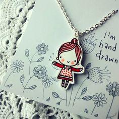 Mise sous film plastique girlwith petit mignon pendentif en robe rouge tacheté sur Etsy, 10,00 €