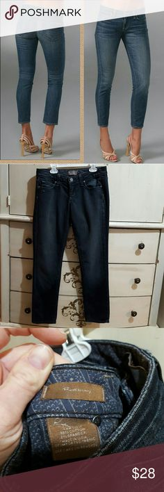 "Paige jeans sz 26 dark ROXBURY euc cropped CUTE Excellent preowned condition!! Very very little wear, nearly new Paige premium brand jeans Size 26  Roxbury style,  cropped ankle length Dark wash wa # 135 Rn# 27002 ca# 51217 98% cotton 2% spandex  Smoke-free, pet friendly home Front Rise 7"" Inseam 27"" Paige Jeans Jeans Ankle & Cropped"
