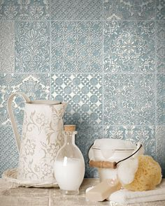 Delicato Ocean Decorative & Glazed