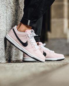 """Nike SB Dunk Low Elite """"Pink Box"""""""