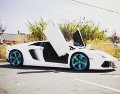 Simply wow ❤️ Pic courtesy:- @lambocraze #lambo #cars #royal #sexy #instacars #instalike #instagood #picoftheday #picoftheyear #share #tag #friends #wow #factor #india #indian #crazy #lamborghini #sports