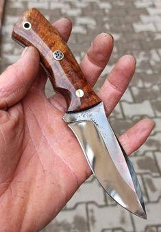 1075 Steel Handmade Hunting Knife Benchmade Knives, Tactical Knives, Knife Patterns, Skinning Knife, Bushcraft Knives, Cool Knives, Knife Sheath, Handmade Knives, Custom Knives