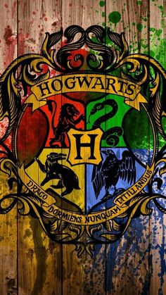 Hogwarts - Tap to see awesome Harry Potter fan wallpaper! Harry Potter Tumblr, Harry Potter World, Memes Do Harry Potter, Images Harry Potter, Arte Do Harry Potter, Harry Potter Love, Harry Potter Fandom, Harry Potter Hogwarts, Hogwarts Tumblr