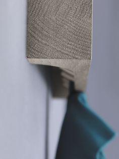 Wall-mounted coat rack / contemporary / wooden - HIDE & PARK by Kaschkasch - ZEITRAUM