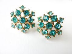 1940s Coro Aqua Rhinestone Earrings Vintage #jewellery #jewelry #40s #50s #earrings #vintage #atomic #starburst