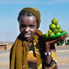 Lommi girl in dire-dawa. (photo by destakeremela) African Tribes, African Men, African Union, Out Of Africa, Abyssinian, Futurism, Black Kids, Young Children, Ethiopia