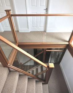 Beautiful Modern Glass Staircase Design - Living Room - Info Virals - New Fashion and Home Design around the World House Staircase, Interior Staircase, Modern Staircase, Staircase Design, Interior Architecture, Floating Staircase, Staircase Ideas, Painted Stair Railings, Staircase Railings
