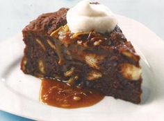 """Search results in recipes for """"sweet bread"""" Pudding Recipes, Dessert Recipes, Hot Desserts, German Desserts, German Recipes, Tiramisu, Mousse, Yummy Treats, Yummy Food"""