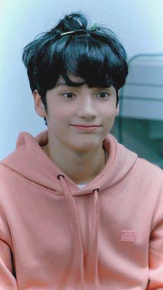 Muito fofoooo Kai, Sulli, Jonghyun, K Pop, Young Ones, Wattpad, Girls, Boys, Kpop Groups