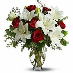 Antioch Florist - Order flowers online from your florist in Antioch CA. Antioch Florist offers fresh flowers and hand flower delivery right to your door in Antioch. Types Of Flowers, Love Flowers, Beautiful Flowers, Blue Flower Arrangements, Christmas Arrangements, Flower Bouquets, Flowers Today, Anniversary Flowers, Order Flowers Online