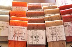 #SavonSAF Emballage Mother's Day Gift Sets, Soap Shop, Homemade Cosmetics, Soap Bubbles, Organic Soap, Soap Packaging, Cold Process Soap, Soap Recipes, Home Made Soap