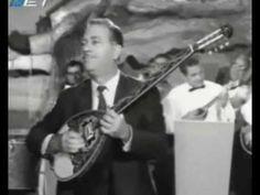Βίκυ Μοσχολιού - το αδιέξοδο / Γ. Ζαμπέτας Old Folk Songs, Old Folks, Greek Music, Music Instruments, Traditional, Musical Instruments
