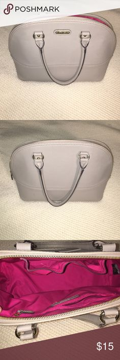Gray Anne Klein purse Gray with pink cloth inside Anne Klein purse. Some slight wear and tear but nothing major Anne Klein Bags Totes