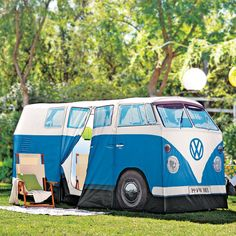 If you love music, mud and Mother Nature you're probably heading to a camp site at some point this summer. But why take shelter in some dull, conventional tent when you can recreate the Summer of Love in the hippie-tastic VW Camper Van Ten? 1:1 Scale – same size as the original T1 Campervan (1965) Officially licensed. Two zip-separated Double Size rooms. Doors open, just like on the original. Fly sheet doors seperate inner compartments. 3000mm x 1000mm Waterproof groundsheet is sewn into the…