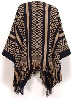 Mens Poncho, Poncho Outfit, Gaucho, Old Women, Textiles, Clothing Patterns, Knit Crochet, Weaving, Kimono Top
