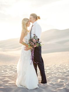 Photography: Connie Whitlock - conniewhitlockphoto.com Read More: http://www.stylemepretty.com/2015/02/26/ethereal-desert-elopement-inspiration/
