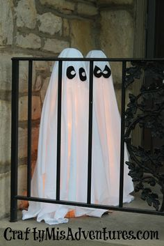 Tomato Cage Ghosts ~ Crafty Home Improvement (Mis)Adventures