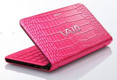 Sony VAIO P Series laptop - Discontinued model Pink Love, Red And Pink, Pretty In Pink, Sony Design, Sony Vaio Laptop, Pink Laptop, Use E Abuse, Having No Friends, Pink Carnations