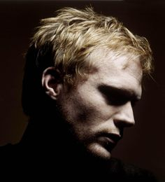 More Leo, again in the guise of Paul Bettany.