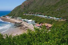 Victoria Bay Caravan Park in Western Cape offers caravan and camping self-catering accommodation. Hidden Beach, Holiday Resort, Beach Camping, Campsite, Weekend Getaways, Beautiful Beaches, Outdoor Activities, South Africa, Dolores Park
